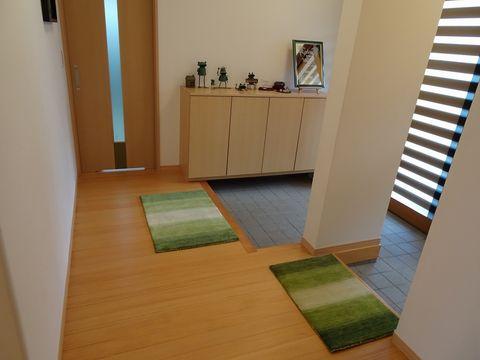 玄関Mサイズと玄関Sサイズを2枚づかいで ER6171グリーン